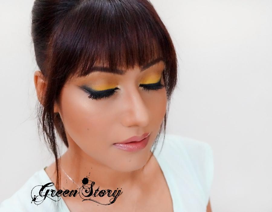 Yellow with Black eyelook