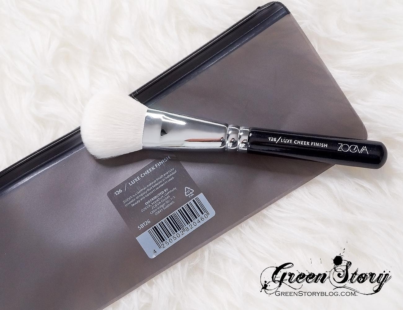 126 Luxe Cheek Finish Face makeup brush