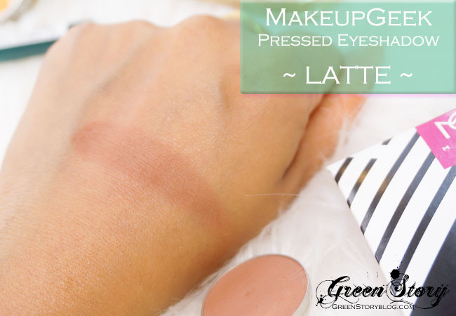 MakeupGeek eyeshadow latte swatch