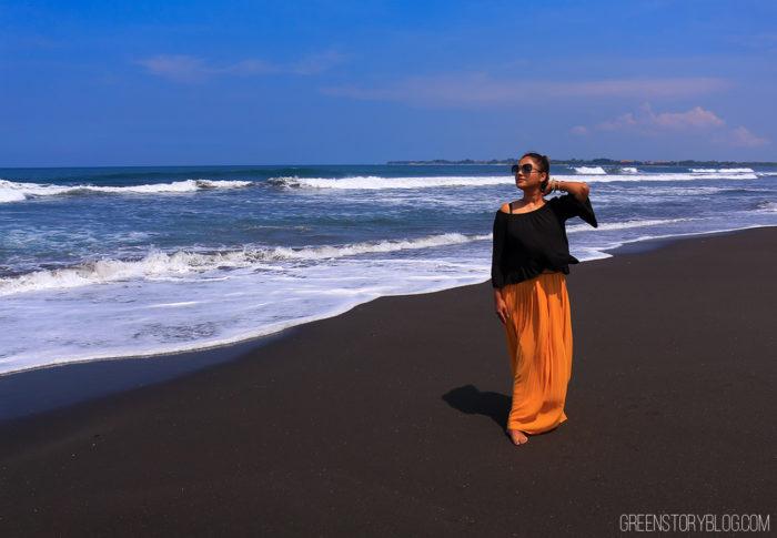 Black Sand Beach, Bali