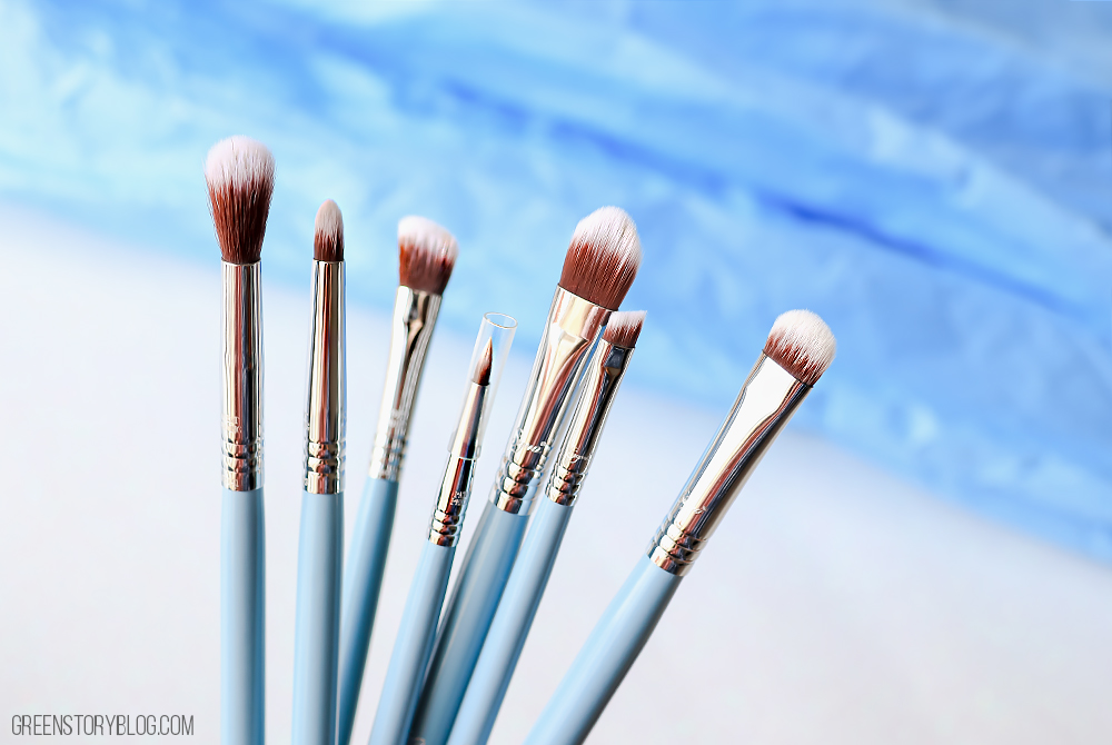 Sigma Beauty BUNNY Eye Brush Set | 7 must have eye makeup brushes and they're super cute!