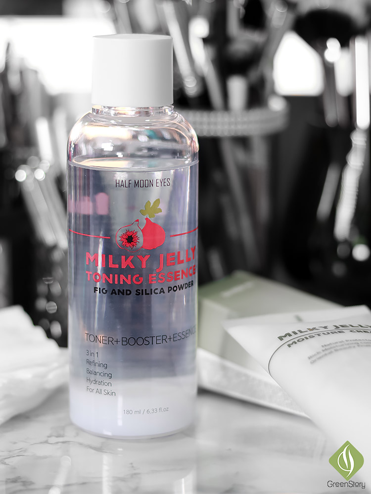 Half Moon Eyes Skincare | Milky Jelly Toning Essence