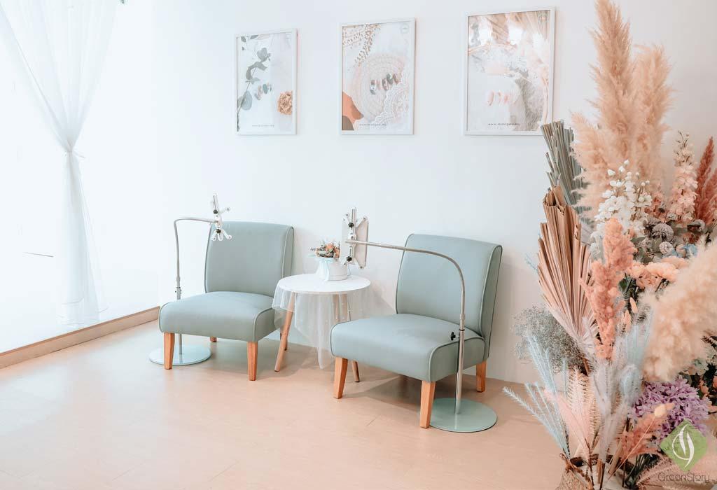 Gel Manicure & Nail Art Experience at Maniqure Nail Salon, KL   #dressupMYnails