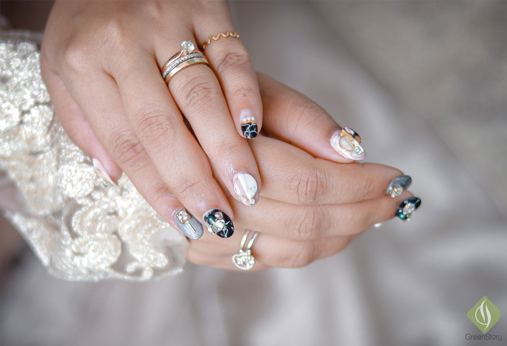 gel-manucure-and-nail-art